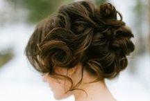 Wedding: Bride's Hair / by KaiLee Dunn