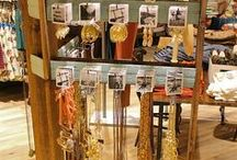 Jewelry Displays / by Dasi Glam