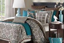 Bedrooms / by Minerva Villanueva