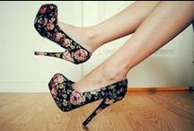 Inspire: High Heels! / by Bia Inspira