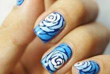 nails / by Maddie Hornok