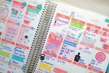 Erin Condren Weekly / What's in my planner? This is a board full of my weekly spreads/layouts.