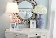 Home Decor & Interior / by Jackie Dueñas