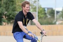 Cycling celebrities / The who's who of famous faces on two wheels