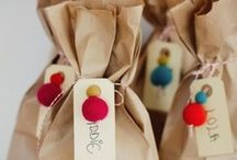 Party* Wedding* favors/wrap it up!