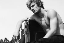 Beautiful Men / by Mari-j Carpenter