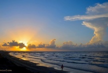 GLIMPSE / Beautiful daily images of Galveston Island from Billy Blues of G-Town Surf.