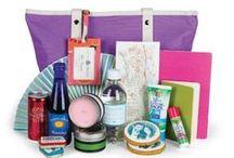 Beach Wedding Welcome Bag ideas / ideas for your beach themed/destination wedding welcome bag or favors