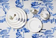 Details From Willow - Gold /  In the Details from Willow collection Richard Brendon has brought traditional Willow pattern into the 21st Century.  Richard has observed the most beautiful elements from antique pieces of Willow Pattern china to inspire his refined and contemporary take on the iconic pattern. The collection celebrates the pure white quality of English bone china and classic cobalt blue.  Available with cobalt blue or burnished gold accents, Details from Willow is perfect for everyday use and formal occasions.
