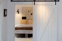 Barn doors / Sliding doors with exposed track