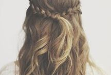 Hair ✻ How To / How to make a headband, hair bows, DIY fabric flowers, hair clips, and an amazing collection of hairstyles and hair tutorials for updo's, buns, wedding hair, prom hair, and everyday hair ideas.