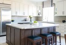 Kitchens / A beautiful kitchen is just a gorgeous aspect of any home. Here are some of my favorite kitchen designs which I think breathe a whole new life and ambience into their houses!
