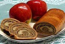 Breads, Muffins & Pancakes / by Dottie Herr