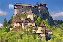 Orava Castle, Slovakia / Orava castle is one of the most famous Slovak castles. It is situated on a high rock above the river Orava, in Oravsky Podzamok town. Tourists can see many attractions there including museum, night tours, spooky festivals and much more.