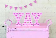 ► LETTRES LED ◄ - Tendance / Découvrez les lettres lumineuses Marquee love prochainement en vente chez Creavea.com. Elles sont en carton et les ampoules sont des leds. Vous pourrez vous amuser à créer de jolis mots et motifs avec de la peinture et/ou du masking tape. #creavea