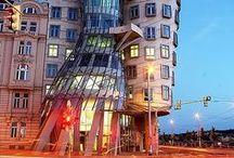Architecture / by Livia Lorinczova