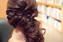1000 ways to make a statement with your hair and makeup / Funky, Fun, Vibrant, Unique makeup tips & ideas for any occasion.