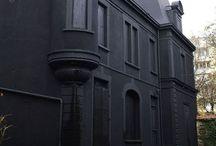 black exterior / Black exteriors