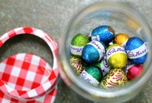 Fun & Easy Easter DIYs / A Nimble blog post about all things Easter DIY - from cheesecake-filled chocolate Easter eggs (mmmm), to silk-dyed eggs, chalkboard eggs, and mega fun Easter egg hunt ideas.