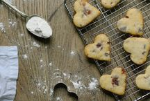 Baking / Simple, beautiful, delicious, easy, homemade cakes and baking.