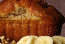 food + recipes: sweet (loaves + muffins) / by Nikki Slipp