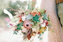 HONEYCOMB: wedding bouquets / Our favorite bouquets on Pinterest