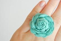 crafty gifts / by Sara Bannach