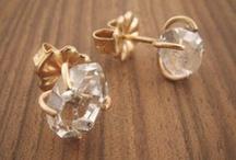 jewelry i adore / by Sara Bannach