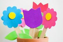 Kids Activities for SPRING! / Fun ways to play this spring! Crafts, activities, family time, games, play ideas, food - everything that makes spring awesome for kids!