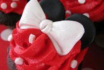 cakes & cupcakes / by Becca Mcginnis