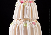 Amazing Cakes! / by Susan Mitchell