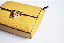 www.caressaa.nl / webshop met mode accessoires en sieraden voor vrouwen.
