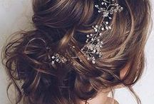 Hair & Makeup / Women who plan on getting married want to look their absolute best on their very special day. Here are some ideas to assist you with the prettiest hairstyles and makeup looks!