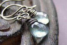 Jewellery / by Jeni Simpson