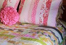 Cushions / Pillows