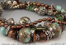 Jewelry / I don't actually purchase much jewelry anymore.. I should tho'. I love this stuff! :) / by Renee Wright