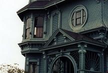Wonderful Old Houses / by Aileac Deegan