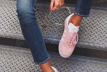 Sneakers Style Ideas / Sneakers Style Ideas and outfit ideas.