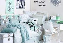 Dorm Rooms / Dorm Room Decorating Ideas + Dorm Essentials for Back to School