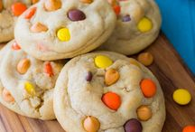 Recipes: Cookies, Brownies, and Bars / by Heather LaBond