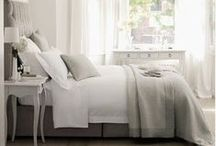 For the (dream) Home: Master Bedrooms / cozy and comfortable spaces, warm candles, inviting bedrooms, cable-knit throws, white linens, mahogany, white-washed, rustic wood... neutral pallets: cream, dove gray, soft browns / by Therese Brooks
