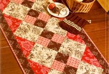Sewing: Table Runners / by Carol GS