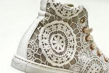 A C C E S S O R I E S   trims / contemporary embellishments in fashion accessories