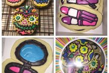 Cookie decorating madness / Cookie design and technique / by Megan Toscano