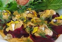 Raw Vegan Food / Various dishes and meals combining #raw and #vegan VLV! recipes: http://vivalavegan.net/community/forum/38-raw.html