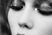 [style] glitter make-up looks / Want to make a statement with your make-up? Glitter will do the job! / by Sugar & Spice