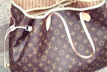 My Style : Purses<3<3 / purse whore !! / by Kimmie Fried