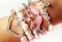 My Style : Jewelery Accessories <3✨ / JeWeLrY.. My ObbseSSion ✨ / by Kimmie Fried