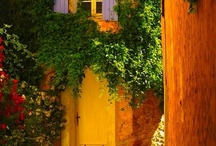 Provencal doorways