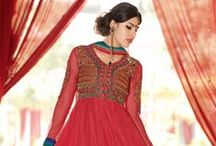 Full Sleeve Salwar Kameez / Get a classy look in full-sleeved Salwar Kameez, perfect for a brunch or night out!